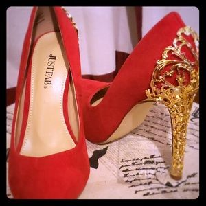 Beautiful NEW heels!